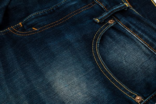 Comment délaver un jean homme ?