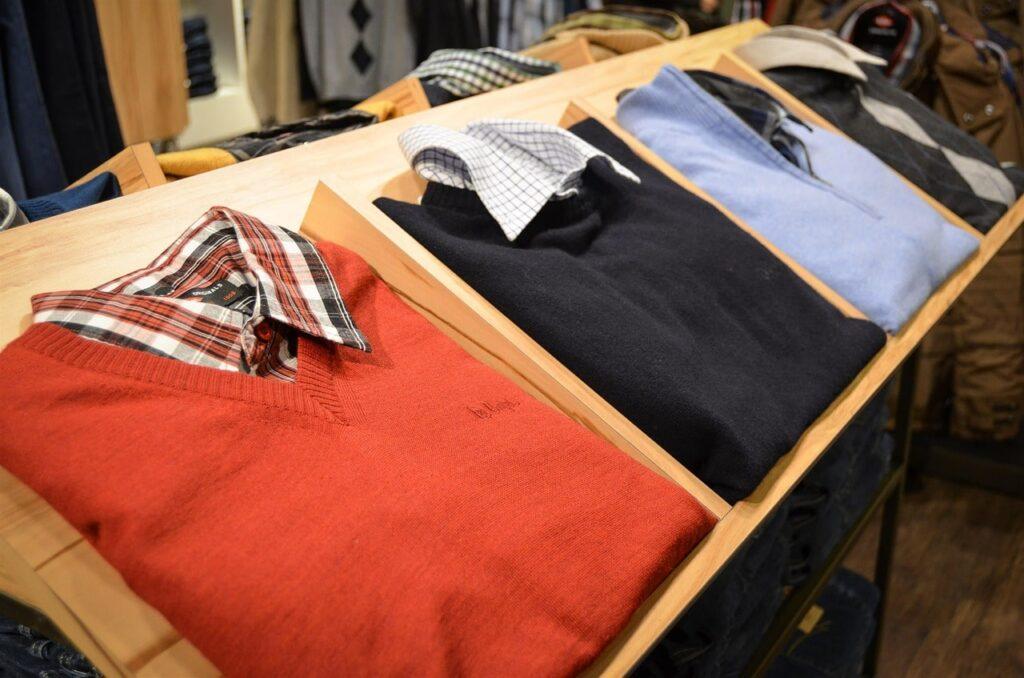 chemise intérieur pull