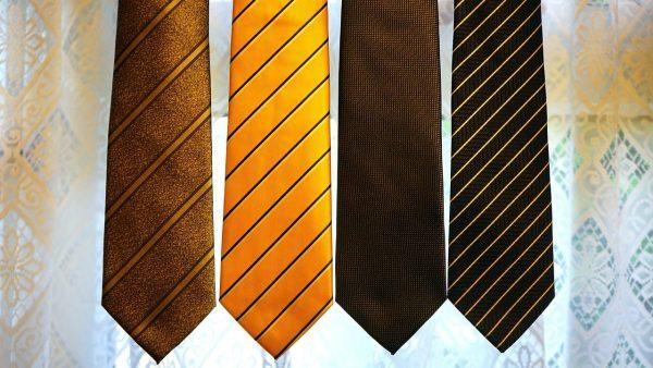 Choisir une cravate homme en coton