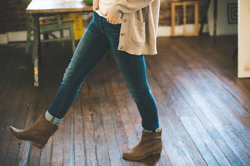 différence jean skinny slim