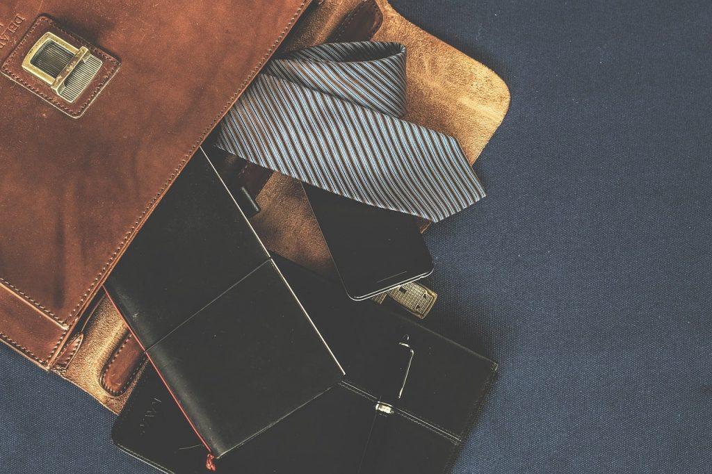 cravate polyester