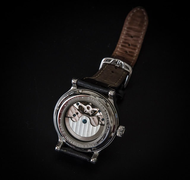 montre hors norme